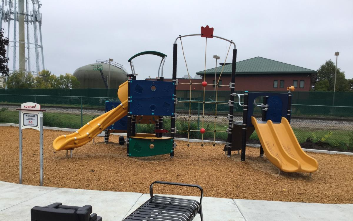 Triangle Playground Fall 2016-3